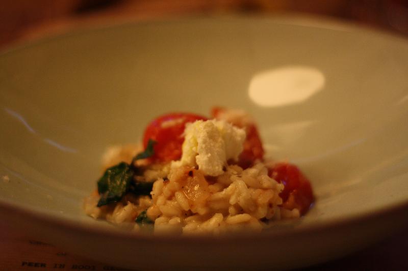 Risotto met ricotta en tomaat